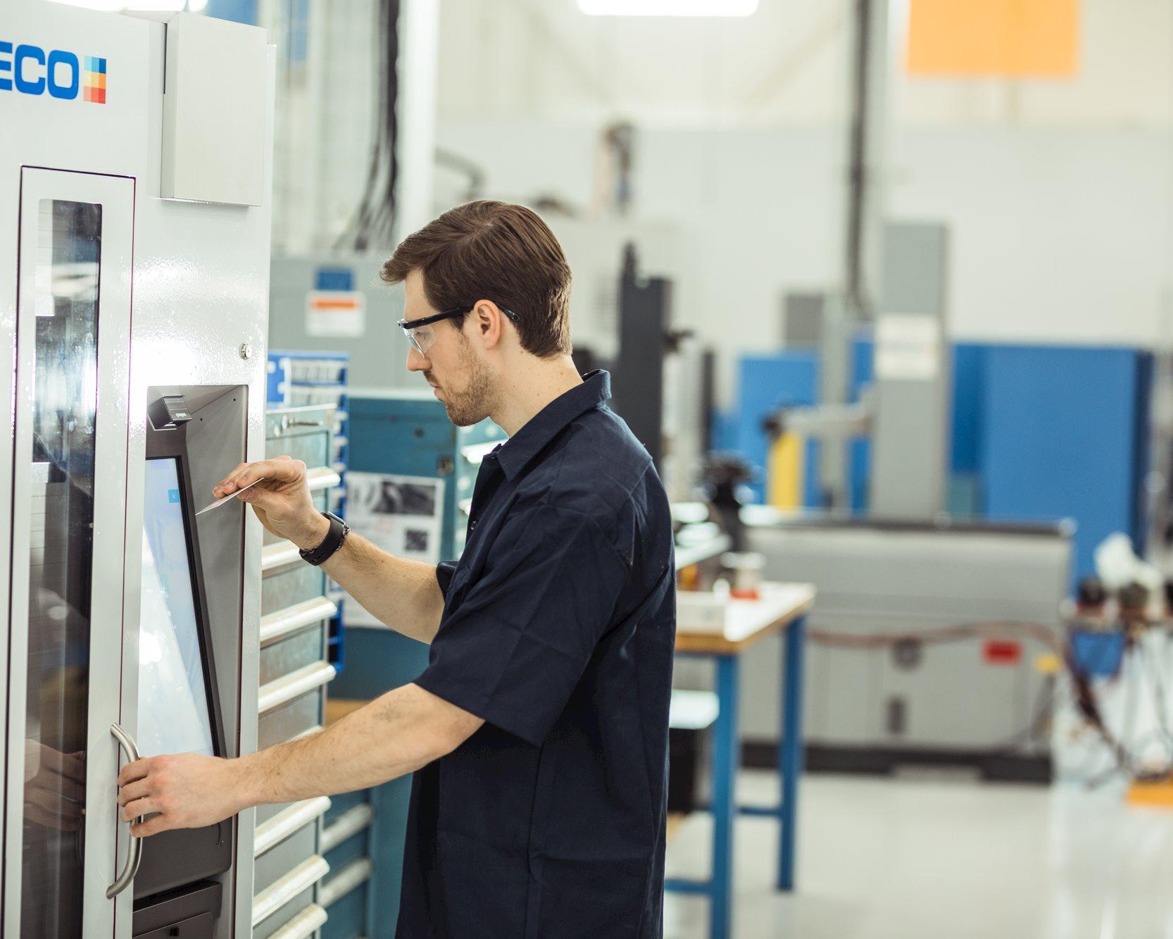 Manufacturing Transformation 4011.jpg